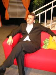Jirka v roli senátora Glena Coopera ve hře ŘEČI - r. 2008